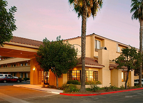 Holiday Inn Feature 500x360